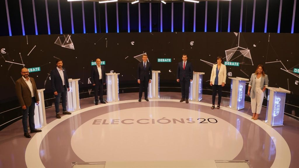 El presidente de la Xunta de Galicia candidato a la reelección por el PP, Alberto Núñez Feijóo, el candidato a la Presidencia de la Xunta de Marea Galeguista, Pancho Casal, del PSdeG, Gonzalo Caballero, del BNG, Ana Pontón, de la coalición Galicia en Comú