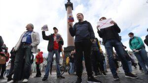 Protesta contra la reforma constitucional de Rusia en San Petersburgo