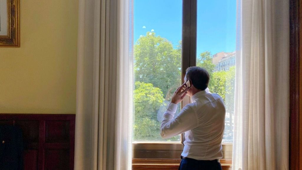 El subdelegado del Gobierno en Lleida, José Crespín, llama a los 38 alcaldes del Segrià (Lleida), comarca confinada desde el sábado por el coronavirus