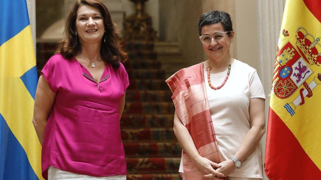 La ministra de Asuntos Exteriores, Unión Europea y Cooperación, Arancha González Laya, posa tras su reunión con su homóloga, la ministra de Asuntos Exteriores de Suecia, Ann Linde, en el Palacio de Viana
