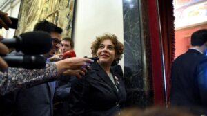 La vicepresidenta tercera del Congreso, Gloria Elizo