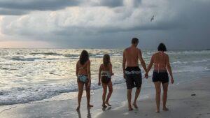 Familia playa viaje