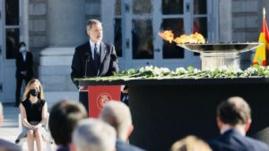 Acto de homenaje a las víctimas de Covid-19