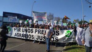 Agricultores extremeños se concentran este miércoles en Mérida para trasladar a Felipe VI la situación del sector