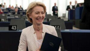 La política conservadora alemana Ursula von der Leyen fue elegida como nueva presidenta de la Comisión Europea (CE)