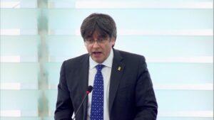 Puigdemont durante su primera intervención ante el pleno del Parlamento Europeo