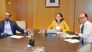 La ministra continúa la ronda de contactos con agentes turísticos internacionales