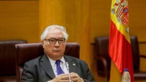 El ministro de Universidades, Manuel Castells, durante su comparecencia en el Senado este lunes.
