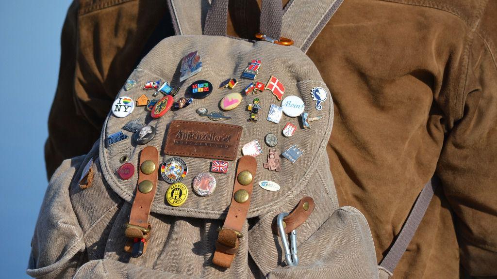 Turista viaje viajero mochila