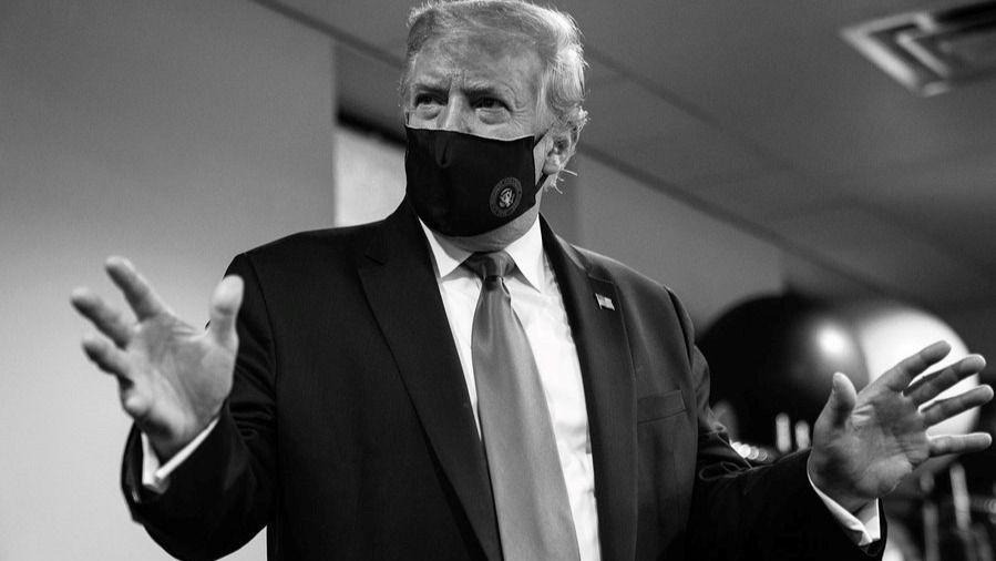 El presidente de Estados Unidos, Donald Trump, con una mascarilla