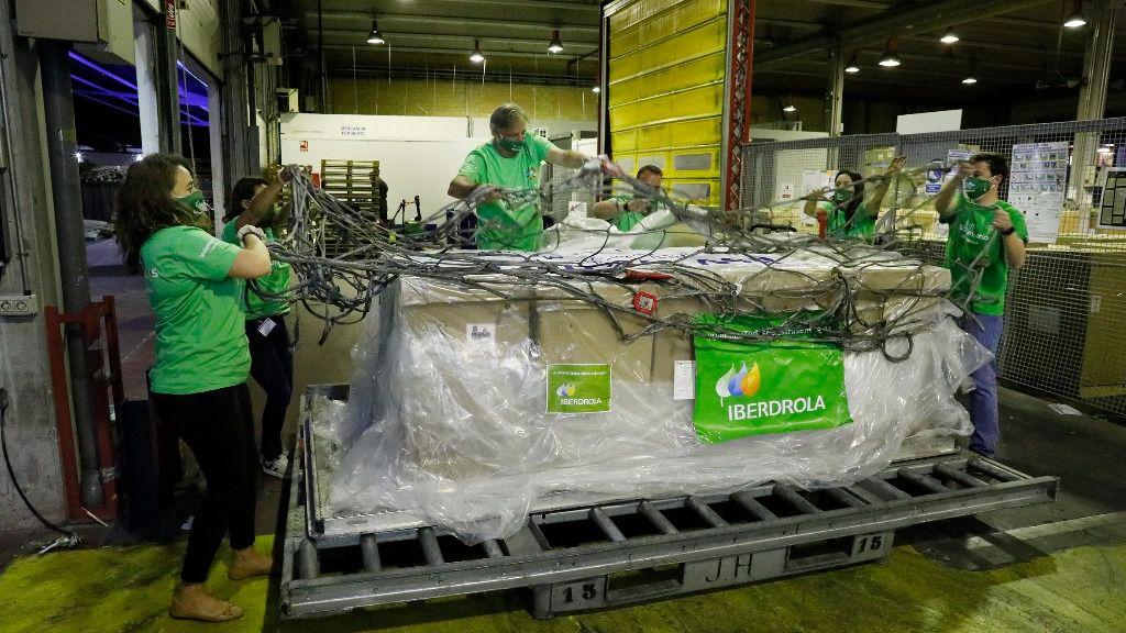 Llegan A España 300 Respiradores Donados Por Iberdrola Para Reforzar La Capacidad De Respuesta Frente Al Covid 19