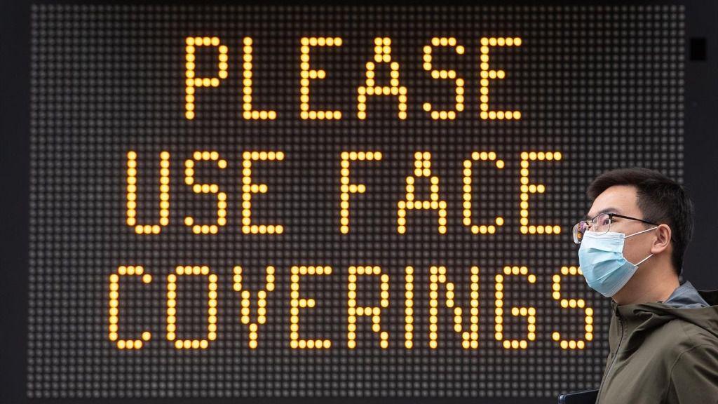 Mensaje a favor del uso de mascarillas en Londres coronavirus