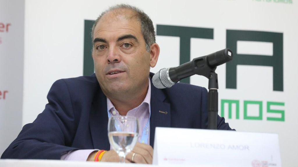 El presidente de ATA, Lorenzo Amor, durante la quinta jornada de la XXXIII Edición de los Cursos de Verano en San Lorenzo de El Escorial, Madrid (España)