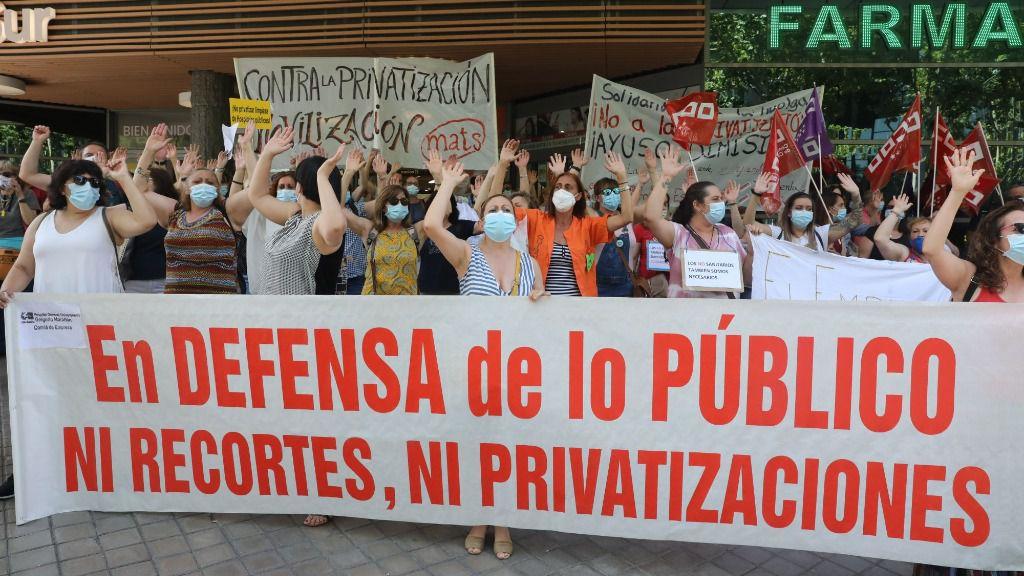 Pancarta en defensa del sector público