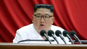 El líder norcoreano, Kim Jong Un, durante una reunión del comité central del Partido de los Trabajadores, el 30 de diciembre de 2019 en Pyongyang