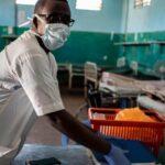 Un sanitario muere de coronavirus cada 30 minutos en el mundo