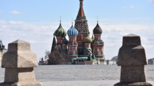 La Plaza Roja de Moscú con San Basilio al fondo