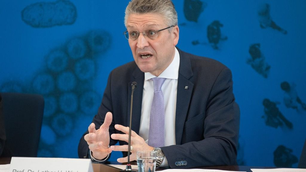 Lothar Wieler, presidente del Instituto Robert Koch, en una rueda de prensa en Berlín para informar sobre la pandemia del nuevo coronavirus