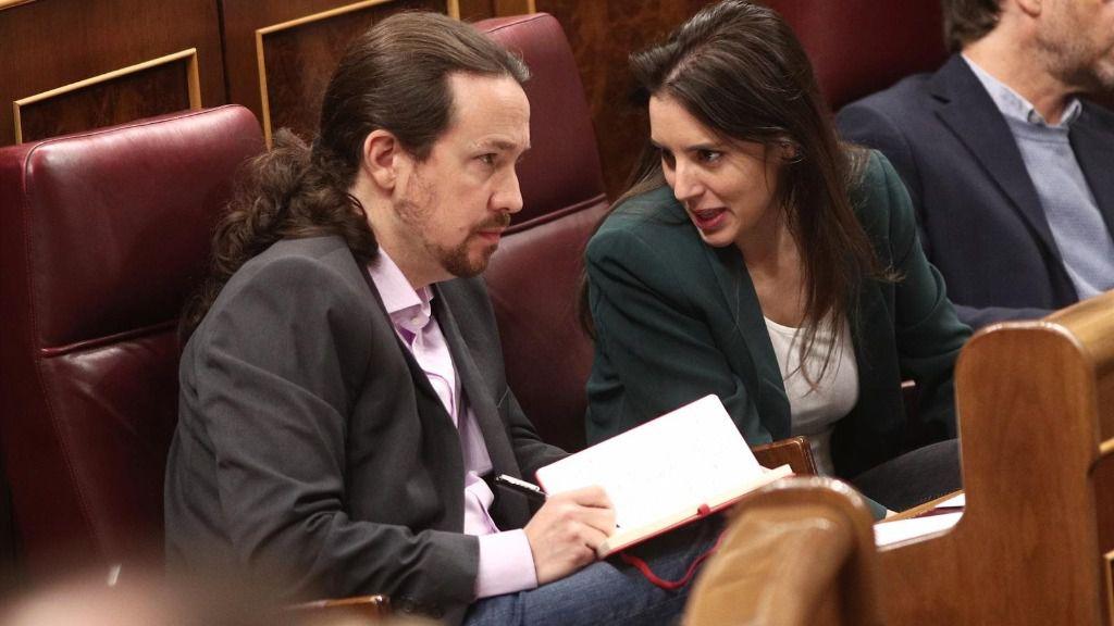 El secretario general de Podemos, Pablo Iglesias, y la portavoz parlamentaria de Unidas Podemos, Irene Montero