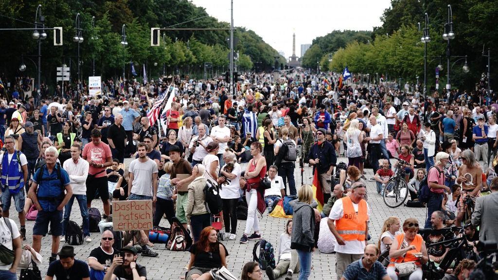 Protesta negacionista en Berlín