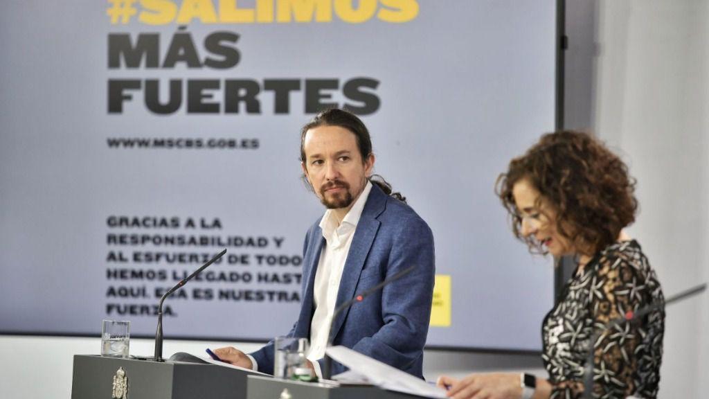 Pablo Iglesias y María Jesús Montero en la rueda de prensa del Consejo de Ministros
