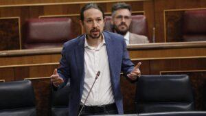 El vicepresidente segundo del Gobierno, Pablo Iglesias, responde a una pregunta durante la primera sesión de control al Gobierno en el Congreso de los Diputados tras el estado de alarma,