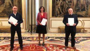 El presidente de la RFEF, Luis Rubiales, la del CSD, Irene Lozano, y el de LaLiga, Javier Tebas, acuerdan el retorno del fútbol tras la COVID-19