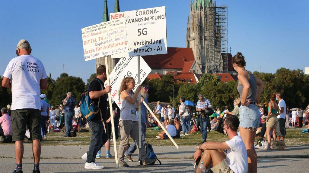 Manifestación negacionista en Múnich, Baviera, Alemania