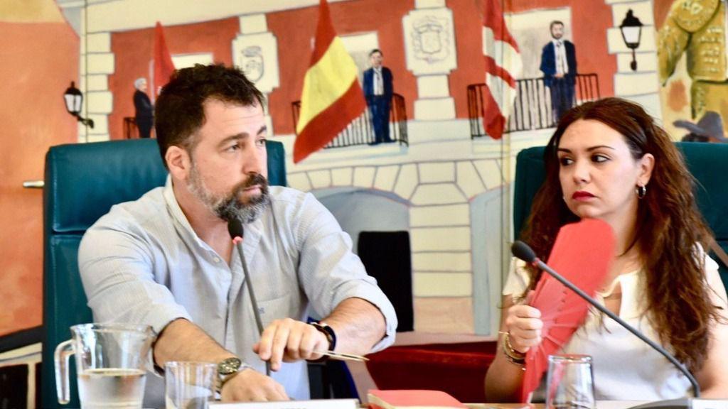 El alcalde de Rivas Vaciamadrid, Pedro del Cura, interviene en el Pleno municipal de la localidad.