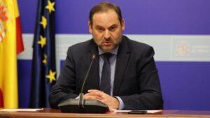 El ministro de Transportes, José Luis Ábalos, en una reunión telemática en su Ministerio