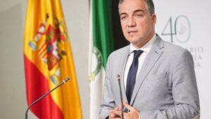 El consejero de la Presidencia, Elías Bendodo, este martes en la rueda de prensa posterior a la reunión del Consejo de Gobierno.