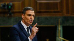 El presidente del Gobierno, Pedro Sánchez, responde a los grupos parlamentarios que han defendido su postura sobre la prórroga del estado de alarma.
