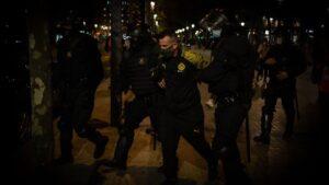 Un detenido durante la protesta de los CDR en Barcelona en el tercer aniversario del 1-O, en Barcelona