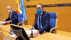 Rueda de prensa del conselleiro de Sanidade, Julio García Comesaña.