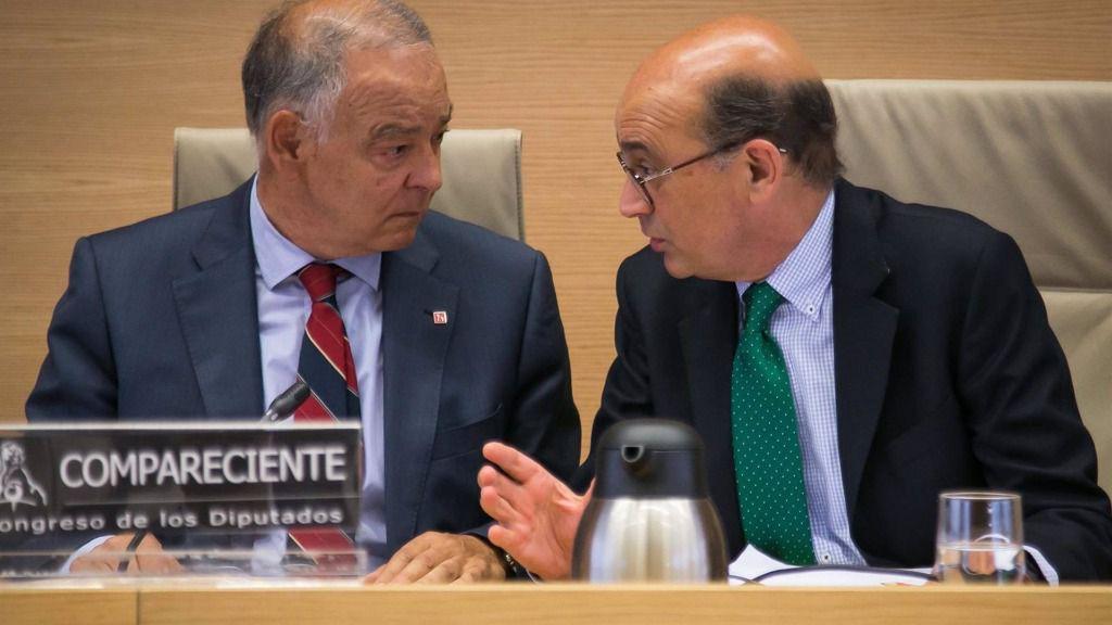 El excomisario Eugenio Pino y el diputado Mikel Legarda