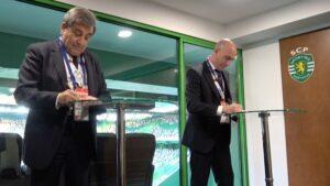 Luis Rubiales, presidente de la RFEF, y Fernando Gomes, presidente de la FPF