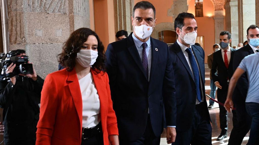 Isabel Díaz Ayuso, Pedro Sánchez e Ignacio Aguado