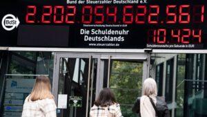El contador de la deuda de la Asociación de Contribuyentes alemanes, situado en Berlín