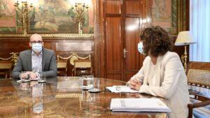La ministra de Hacienda, María Jesús Montero, y el secretario de Estado de Derechos Sociales, Nacho Álvarez