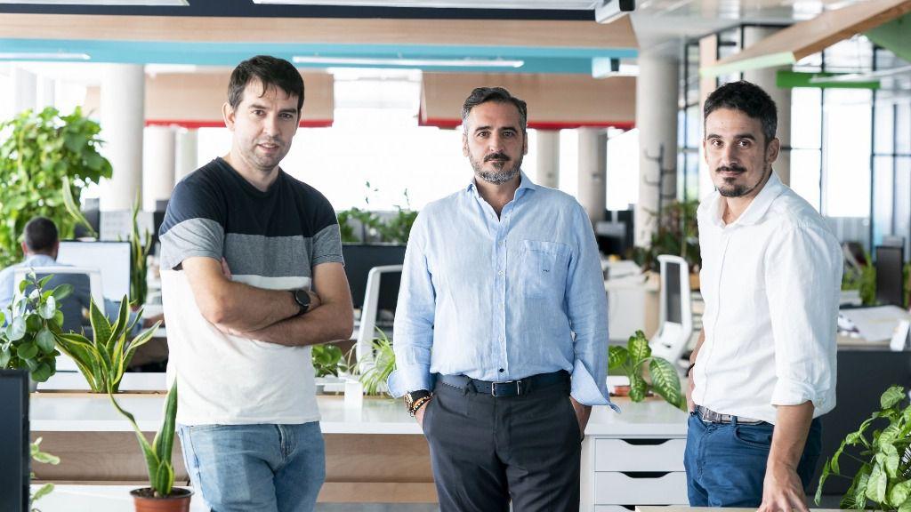 Sergio Aguado, Vicente Montesinos y Alfredo Cebrián, directivos de Cuatroochenta
