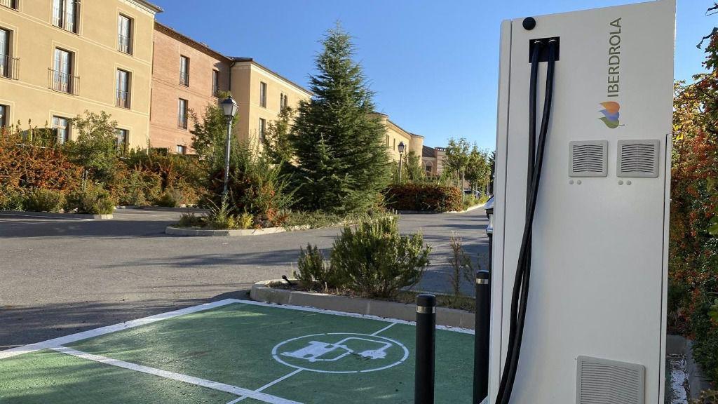 Iberdrola Pone En Marcha Dos Puntos De Recarga Rápida Para Vehículos Eléctricos