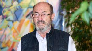 El escritor Juan Madrid