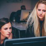 Las mujeres ocupan solo un tercio de los puestos directivos en España