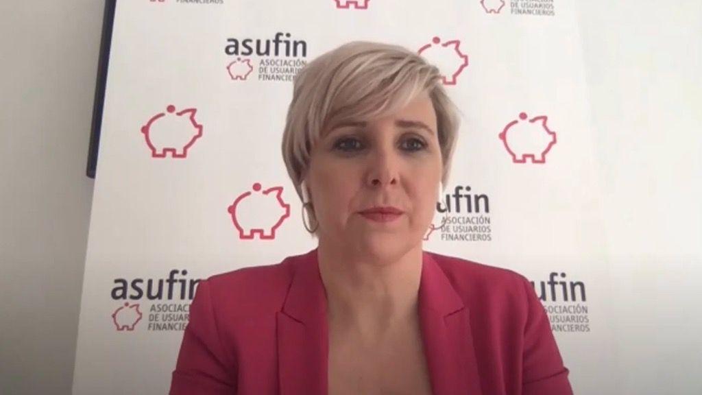 La presidenta de Asufin, Patricia Suárez, durante un webinar online sobre tarjetas revolving.
