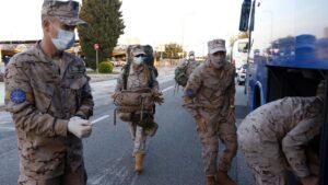 Militares españoles y extranjeros cuando regresaron en abril de Mali por el coronavirus