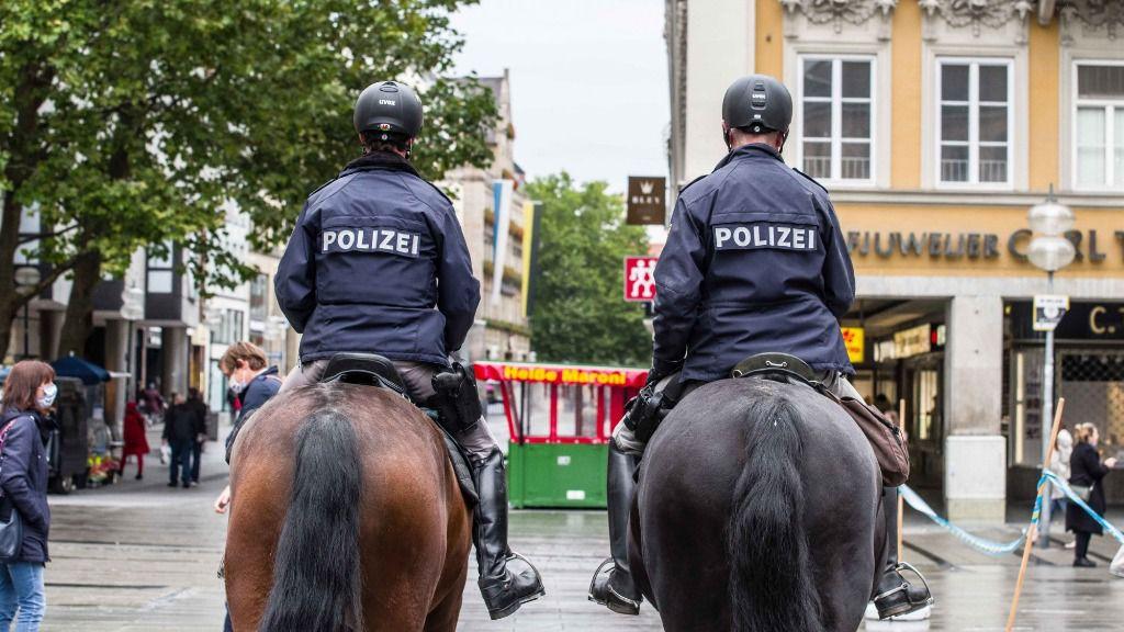 Dos agentes de la Policía de Alemania