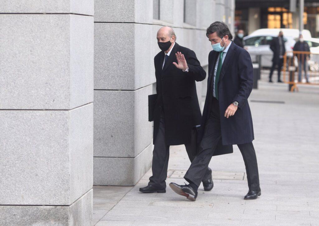 El exministro del Interior Jorge llega a la Audiencia NacionalFernández Díaz