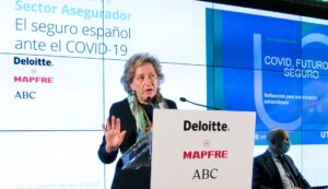 La presidenta de Unespa, Pilar González de Frutos, en el XXVII Encuentro del Sector Asegurador organizado por Deloitte, Mapfre y 'ABC' el 23 de noviembre de 2020.