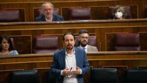 El vicepresidente segundo del Gobierno, Pablo Iglesias, responde a las preguntas de Teodoro García Egea, del G.P. Popular, y de Edmundo Bal, portavoz adjunto del G.P. Ciudadanos.