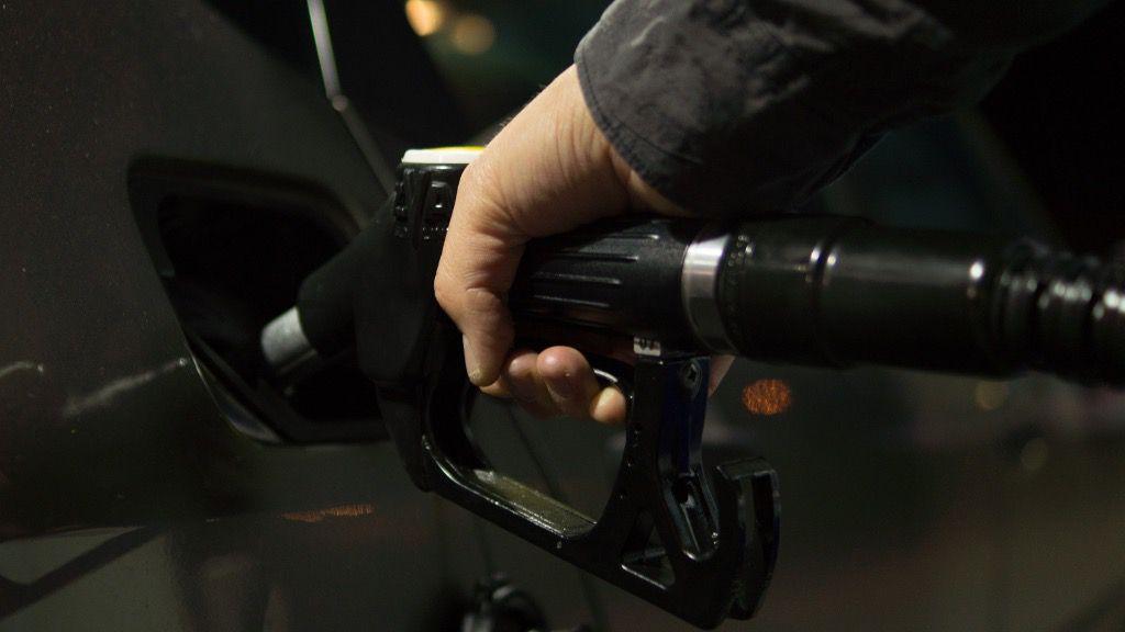 gasolina coche petroleo